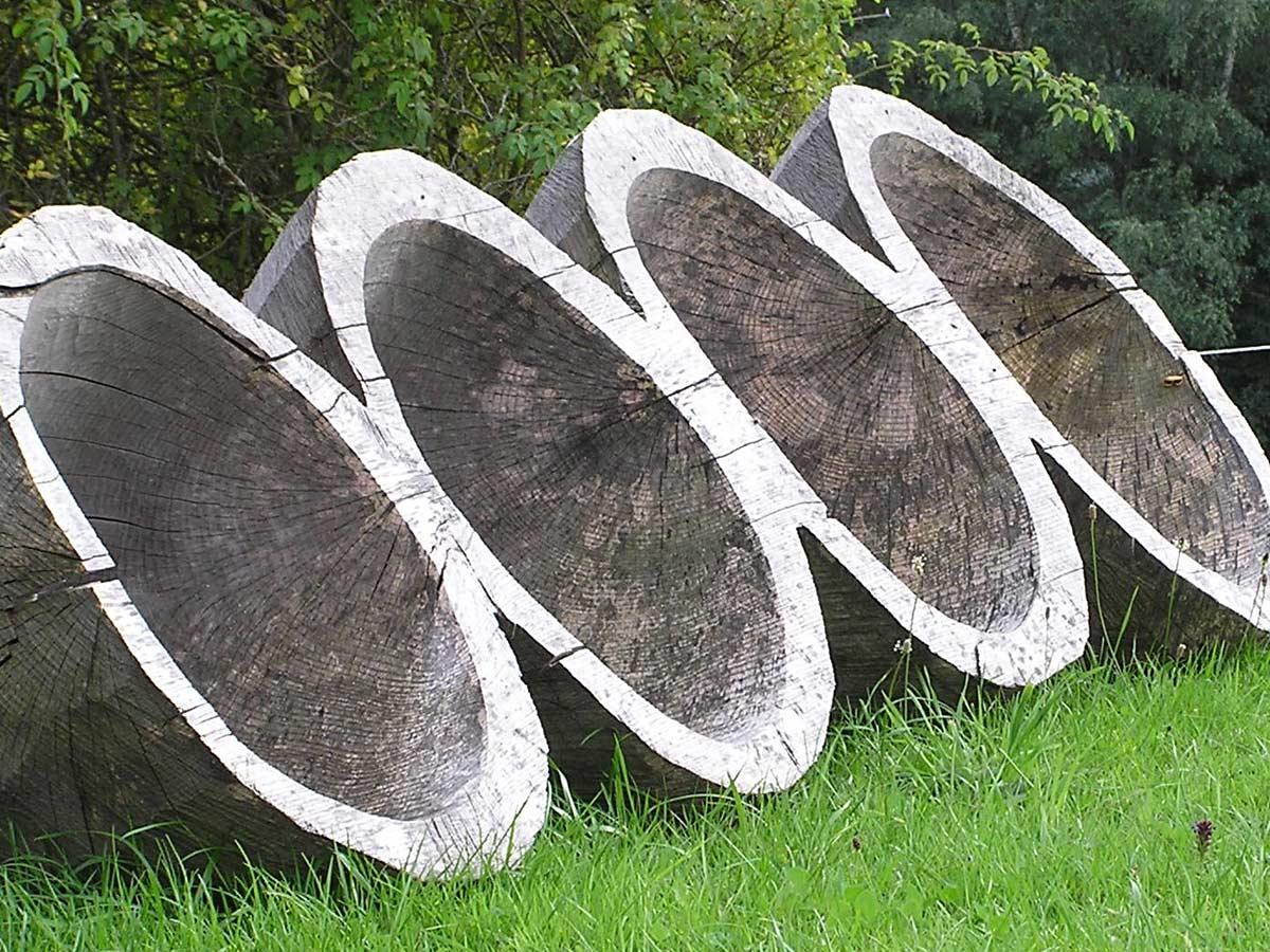 Trichter - Holzskulptur von Iris von Huene