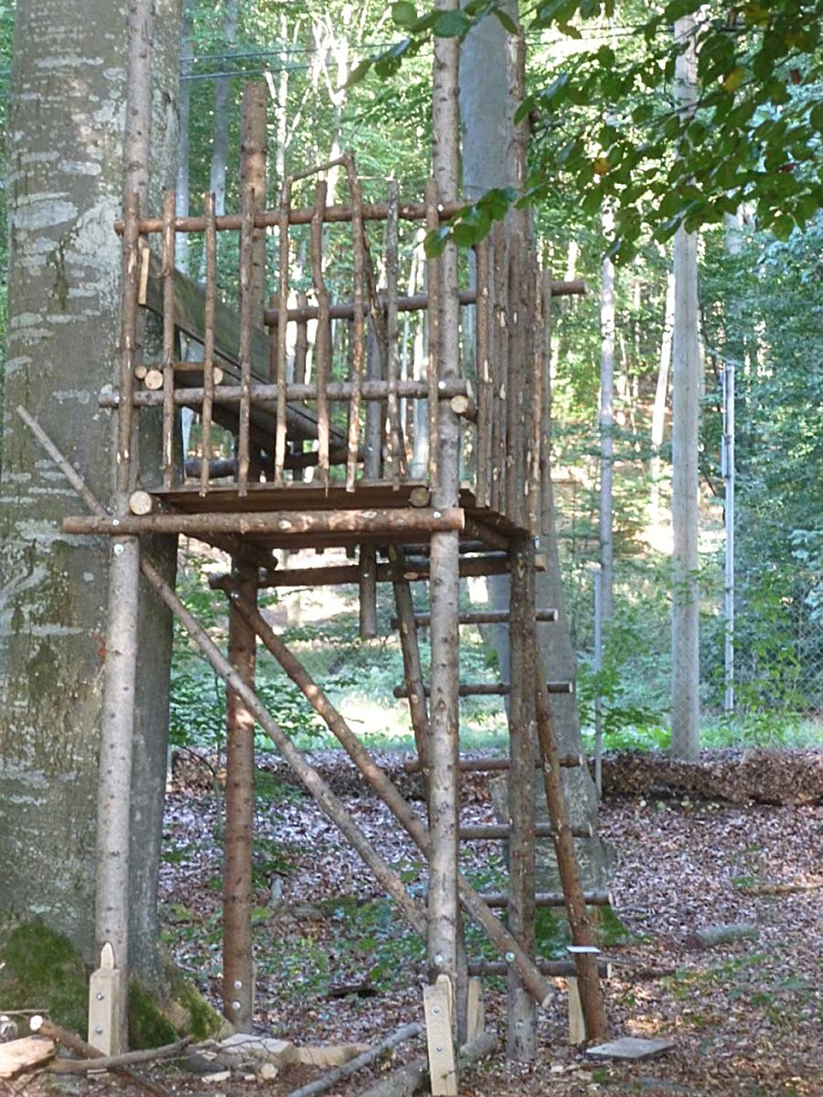 Wolfserwartung - Denkmal von Iris von Huene